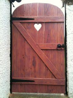 lovely heart door gate   Hearts