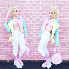 I've wanted this jacket since I saw it on Haley Williams and just when I thought I was over it aria from pretty little liars wore it Harajuku Fashion, Kawaii Fashion, Lolita Fashion, Cute Fashion, Fashion Outfits, Pretty Outfits, Cool Outfits, Mode Lolita, Kawaii Clothes