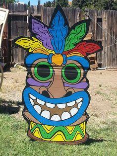 Luau / Hawaiian Birthday Party Ideas | Photo 47 of 78 | Catch My Party