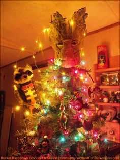 Custom Groot Tree Topper That Turns an Ordinary Christmas Tree Into the 'Guardians of the Galaxy' Superhero
