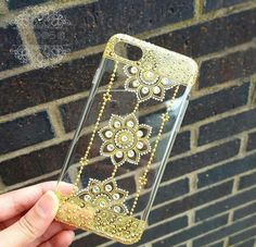 Henna design phonecase by HennaArtbyAroosa on Etsy