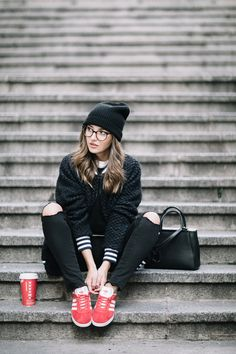 Comfy outfit + hot chocolate - lovely pepa by alexandra. Adidas Gazelle Outfit, Adidas Outfit, Ol Fashion, Fashion 2017, Casual Outfits, Summer Outfits, Cute Outfits, Winter Outfits, Looks Adidas