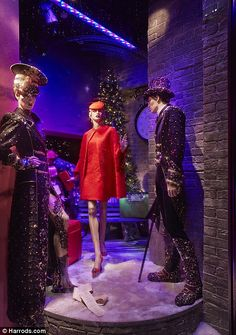 Harrods 2013 – First look: This year, the iconic London store has unveiled a truly magical and creative theme, The Harrods Express, complete with fashionab...