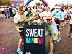 Better Than Doing Laundry: How To Get Clean FAST After The Color Run; also... How to set the powder on your Color Run shirt with vinegar and an iron.