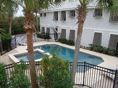 10 BR, private heated pool, 2 kitchens, close to beach & bike path