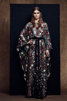 Zuhair Murad Pre-Fall 2018 Fashion Show Collection