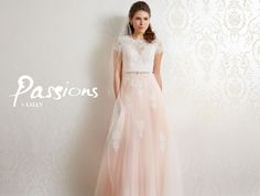 Passions by Lilly -hääpuku. http://www.lilly.eu/bridalfashion/passions-by-lilly