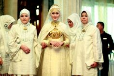 Dian Pelangi Collection - Bridal edition. Indonesian Hijab syle