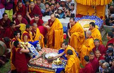 Ceremony at the Thanka unveiling, Tibet 2012 Kumbum Jampa Ling is a very spiritual place for Tibetans…and very important. It is the birthplace (1357) of Tsongkhapa the founder of the Gelugpa yellow hat sect and also near the home of the current Dalai Lama and where he studied for several years. Today Kumbum has 4 monastic colleges and around 400 monks in residence…mostly students from the Amdo and Mongolian areas. There are about 30 temples and hundreds of small brick a