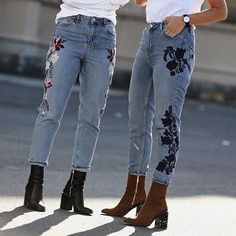 It's all about the denim details.