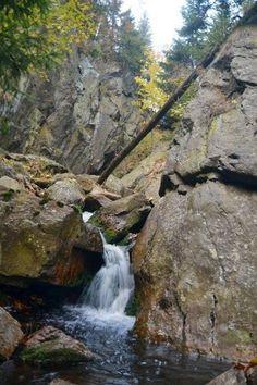 Krušné hory - Mrtvá trať a Bezručovo údolí 2011 - Trampská osada Skaláci