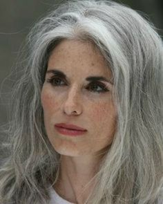 New Hair Color Grey Aging Gracefully Ideas Long Gray Hair, Silver Grey Hair, White Hair, Short Hair, Grey Hair At 40, Pelo Color Plata, Luscious Hair, Pelo Natural, Ageless Beauty