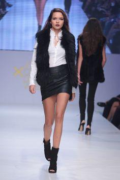 #KathyHeyndels #AW2013 Leather Skirt, Fur Coat, Skirts, Jackets, Fashion, Down Jackets, Moda, Leather Skirts, Skirt