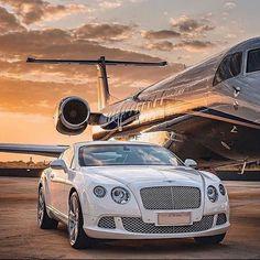 Luxury Lifestyle Fashion, Rich Lifestyle, My Dream Car, Dream Cars, Dream Life, Rich Cars, Luxury Private Jets, Billionaire Lifestyle, New Background Images