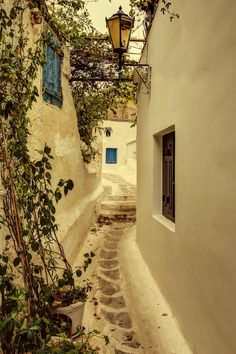 Anafiotika in #Plaka, #Athens -  #Greece  The most picturesque neighbourhood in Athens!