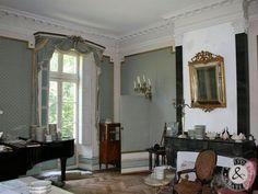 1830 Château In A Village