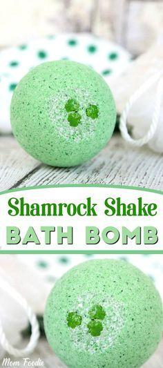 St Patricks Day Shamrock Shake Bath Bomb - enjoy a relaxing St. Patrick's day with this refreshing bath bomb recipe