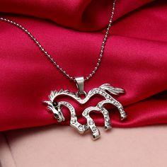 لطيف تصميم جوفاء من rhinstone الحصان قلادة سلسلة قلادة أزياء النساء سحر كريستال المختنق قلادة هدايا شحن مجاني