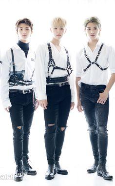 Their vlive though. Going Seventeen, Seventeen Leader, Hoshi Seventeen, Taeyong, Nct 127, Vernon, Jaehyun, Mingyu Wonwoo, All About Kpop