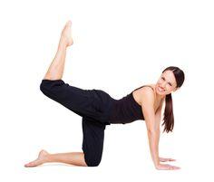 Vrei să ai picioare sexy, tonifiate şi un fund bombat? Îţi recomandăm să faci aceste exerciţii pentru picioare şi fund care au efect garantat.