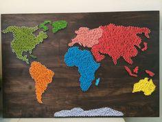 Monde carte String Art par CraftedOnThePlains sur Etsy