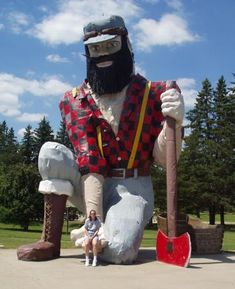 Giant Paul Bunyan | Akeley, Minnesota