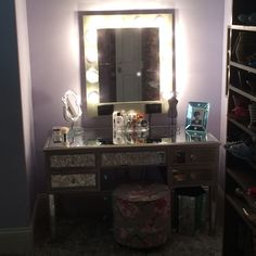 Another client was nice enough to send us a picture of her setup. Here's our Brushed Silver Vanity Mirror- It really completes the look to finish off a beautiful makeup station. Small Makeup Vanities, Hollywood Vanity Mirror, Silver Vanity, Lighted Wall Mirror, Led Dimmer, Custom Vanity, Makeup Mirror With Lights, Stool Chair, Vanity Ideas