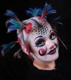 Cirque. Bold, bright colors.