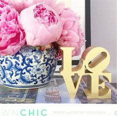 The Zhush: Fifteen Beautiful Blue and White Home Decor Accents