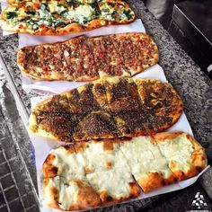 Remember you can add grounded flax& chia,ground veggies,parm cheese to you flat bread for more for dinner, what's your favorite? مناقيش للعشا، شو بتحبوا؟ By Khalil Baba Lebanese Cuisine, Lebanese Recipes, Turkish Recipes, Persian Recipes, Middle East Food, Middle Eastern Recipes, Gozleme, Lebanon Food, Palestinian Food