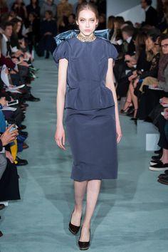 Oscar de la Renta Fall 2016 Ready-to-Wear Fashion Show - Odette Pavlova