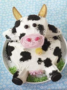 Good Ideas For You | A fun Cow Cake