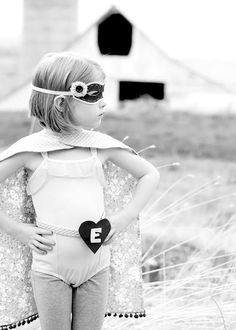 More Costuming for Edina. Love the BW too!!  Andi, M and I love this look for Edina. She is 4.