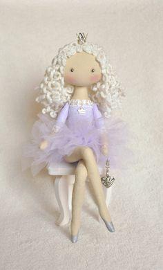 Princess on the Pea, cloth doll, , handmade doll, art doll, handmade doll , fabric doll, soft doll, rag doll   Princess is sewn of natural materials,♡