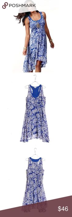 """CAbi Willow layered dress blue floral pattern CAbi """"Willow"""" Double Dress Womens Size Medium sleeveless racer back. Retail $118 (2 dresses layered) blue & white patterned chiffon in deep blue. Asymmetrical, flowy, flared hem. Gently curved side seams, hourglass silhouette. CAbi Dresses Asymmetrical"""