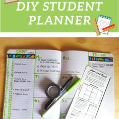 Bullet journaling teaches students executive functioning skills. Hop over here to learn how to create a student bullet journal. #studentplanner #bulletjournal February Bullet Journal, Bullet Journal Spread, Bullet Journal Layout, Bullet Journal Inspiration, Journal Ideas, Time Management Techniques, Cornell Notes, Class Notes, Executive Functioning