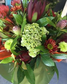#freshflowers #beautifulbunches #sunshinecoastflorist #aussieworld #sayitwithflowers #flowersforalloccasions #aussieworldflowers