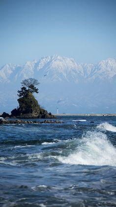 富山湾から眺める立山連峰 / Tateyama mountains from Toyama bay, Japan