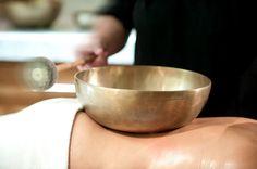 Entspannende Klangmassage Serving Bowls, Healing, Tableware, Dinnerware, Tablewares, Dishes, Place Settings, Mixing Bowls, Bowls