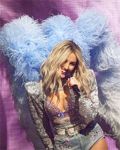 Little Mix Glory Days, Cool Girl, My Girl, Little Mix Outfits, Little Mix Perrie Edwards, Baby Queen, Jesy Nelson, Stage Outfits, Girl Bands