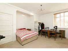LARGE STUDIO IN RUSSELL SQUARE WITH A CONCIERGE Holborn Picture 4