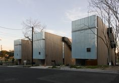 Riverview Gardens Residence / Bercy Chen Studio in Austin,Texas, 2012