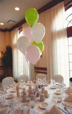 Simple & elegant balloon Bat Mitzvah centerpieces. | MitzvahMarket.com