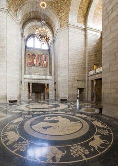 Nebraska Capitol Building. The rotunda.