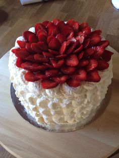 Jordgubbstårta strawberry cake