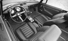 1979 Alfa Romeo Spider interior