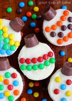 How to make Ornament Cupcakes with MMs and Rolos.