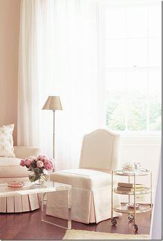 My favourite soft pink bedroom design
