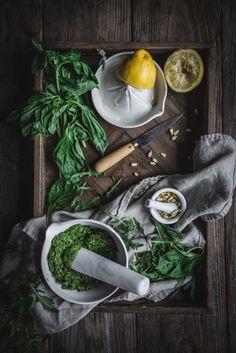 Zucchini Spaghetti with Seaweed Pesto http://adventuresincooking.com/2017/03/zucchini-spaghetti-with-seaweed-pesto.html