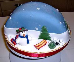 christmas cakes snow theme